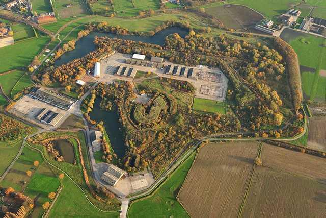 Borsbeek fort lasershooting